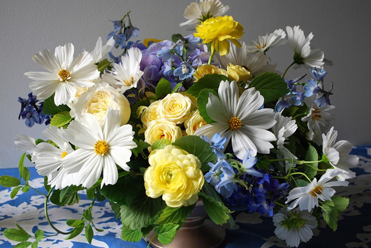 Puzzle Zbierać puzzle online - A bouquet of flowers