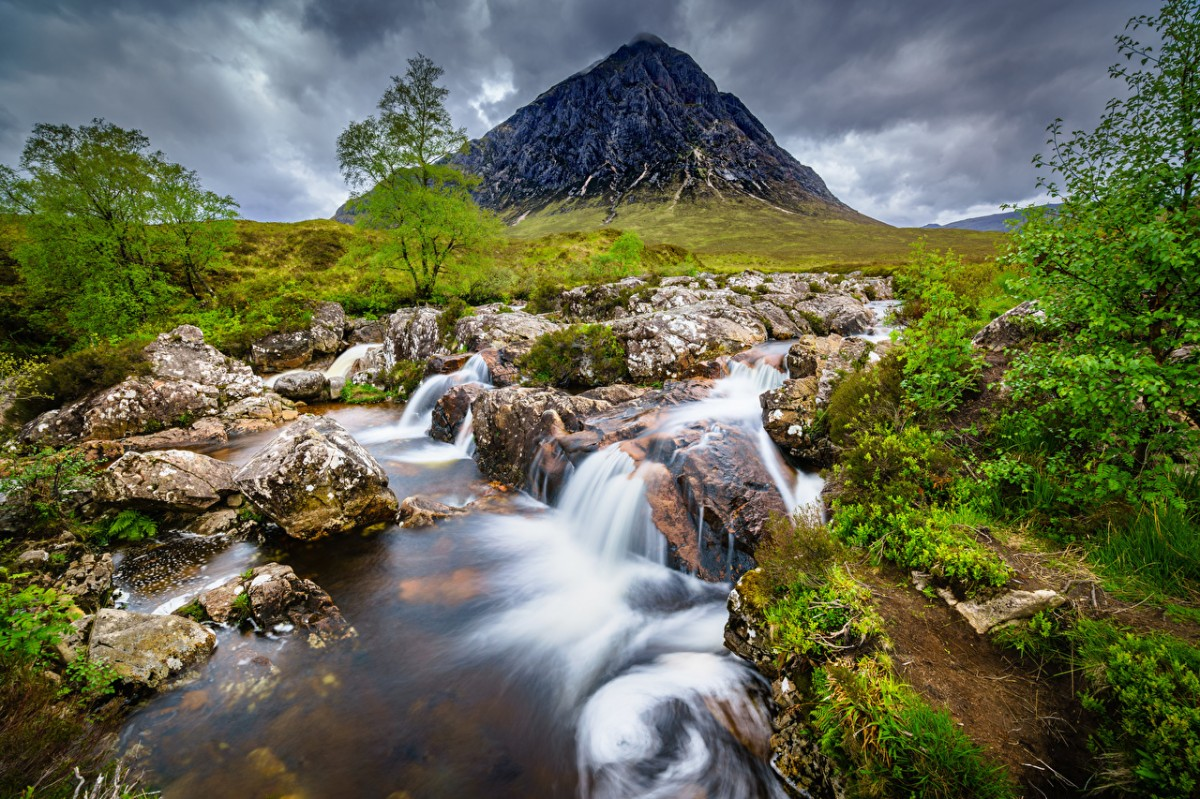 Puzzle Zbierać puzzle online - Mountain in Scotland