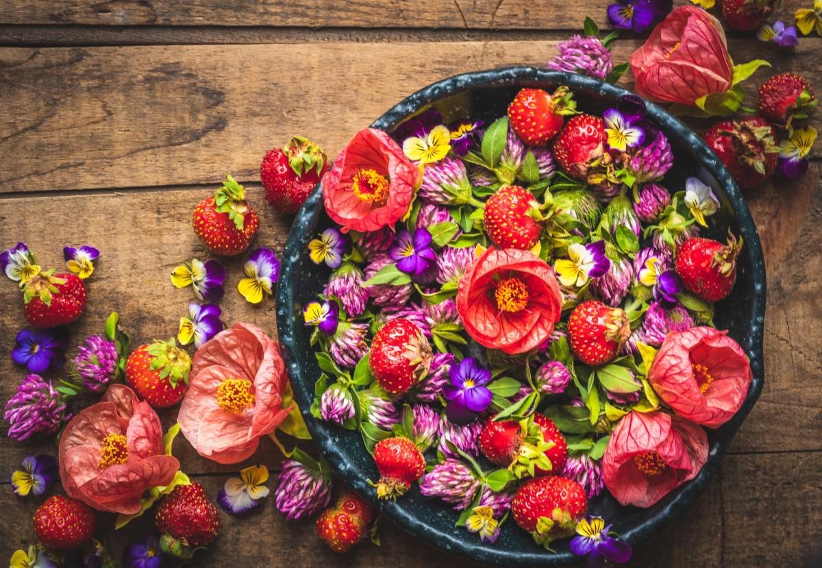 Puzzle Zbierać puzzle online - Strawberry colors