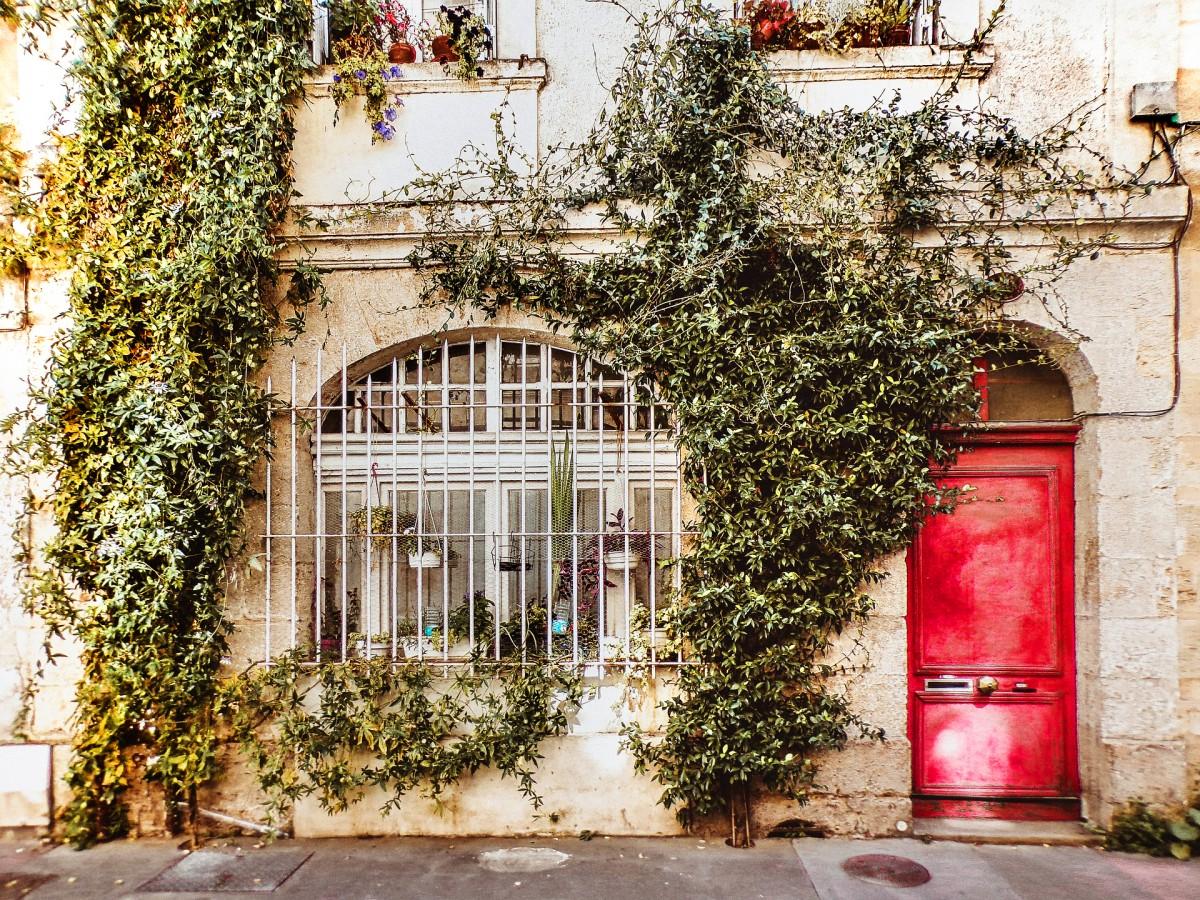 Puzzle Zbierać puzzle online - Red door