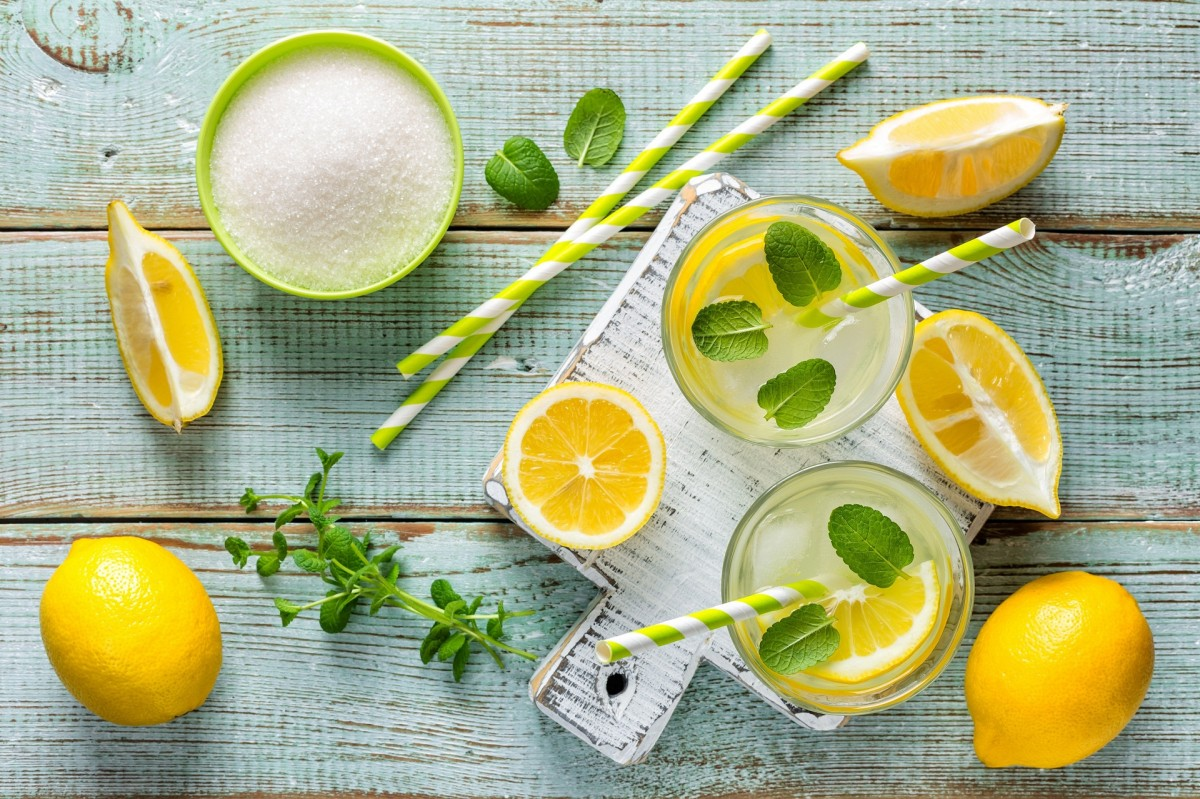 Puzzle Zbierać puzzle online - Lemon drink