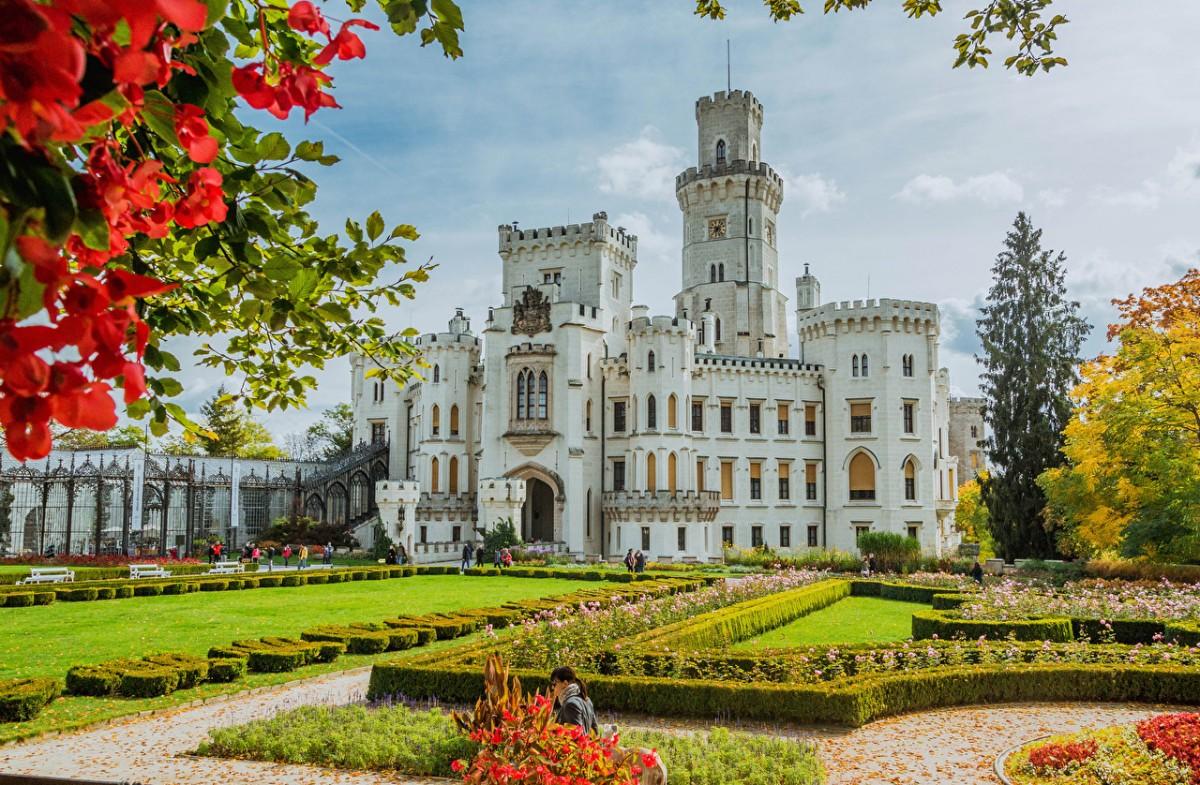 Puzzle Zbierać puzzle online - Castle in the Czech Republic
