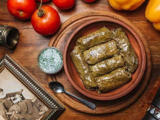 Собирать пазл Armenian dolma онлайн