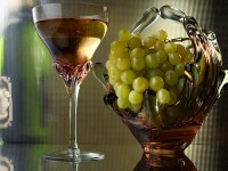 Собирать пазл Glass vase онлайн