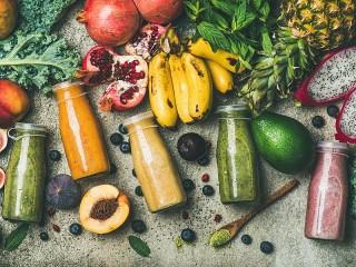 Собирать пазл Fruit and smoothies онлайн