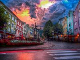 Собирать пазл Kufstein town street. Austria онлайн