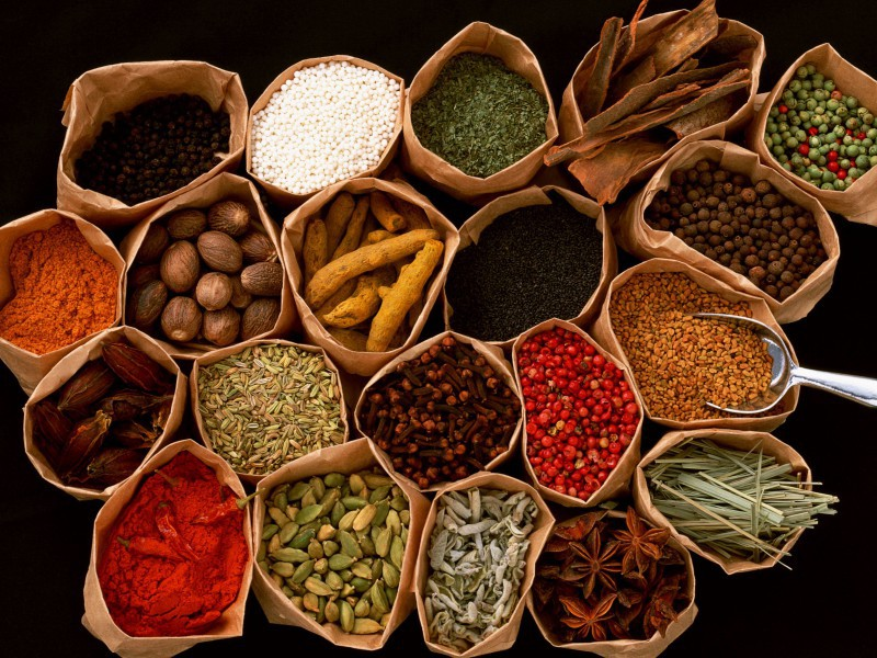 Puzzle Zbierać puzzle online - Luxuriance of spices