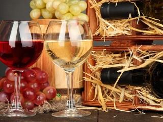 Собирать пазл Kollektsionnoe vino онлайн