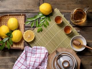 Собирать пазл Lemon and honey онлайн