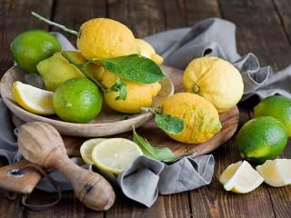 Собирать пазл Lemons and limes онлайн