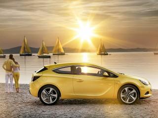 Собирать пазл Opel Astra онлайн
