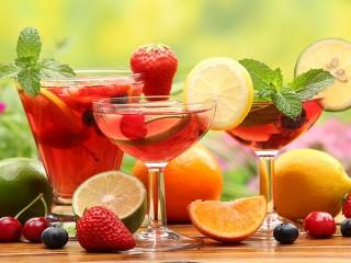 Собирать пазл Refreshing Cocktail онлайн