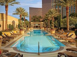 Собирать пазл Hotel in Las Vegas онлайн