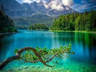 Собирать пазл Lake Eibsee онлайн