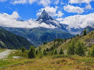 Собирать пазл Mountains онлайн