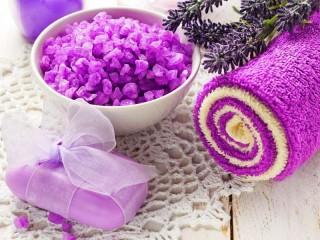 Собирать пазл SPA with lavender онлайн