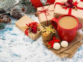 Собирать пазл Refreshments and gifts онлайн