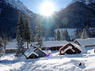 Собирать пазл Morning in the mountains онлайн