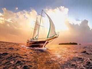 Собирать пазл Yacht on the horizon онлайн