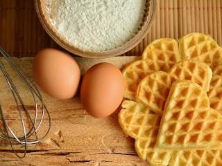Собирать пазл Egg waffles онлайн