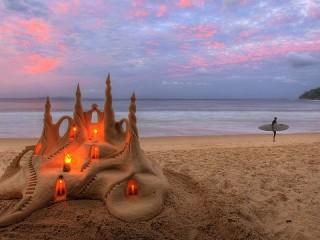 Собирать пазл Sand castle онлайн