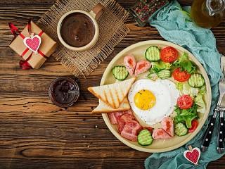 Собирать пазл Breakfast romance онлайн