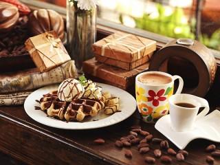 Собирать пазл Zavtrak s kofe онлайн
