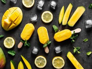 Собирать пазл Yellow on black онлайн